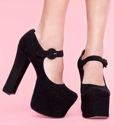 Janey platform shoes. #shoes #platform
