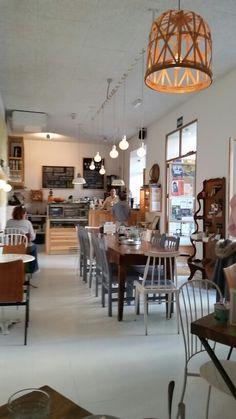 Muy buen cafe  en El Rastro.Madrid