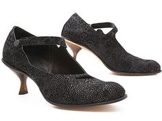 cydwoq calamity.  Also in pewter.  Both colors at Ped Shoes