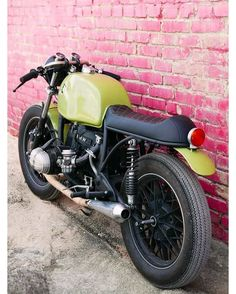 BMW R80 1979 Cafe Racer by Dozer Garage #motorcycles #caferacer #motos | caferacerpasion.com