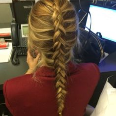 20 Best Office Hairstyles That Suit Indian Workplace - Hot Hair Styles, Natural Hair Styles, Chignon Simple, Office Hairstyles, Popular Hairstyles, Workplace, Ponytail, Blond, Braids