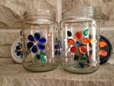 Glass Bottle Crafts, Diy Bottle, Bottle Art, Glass Bottles, Diy Crafts Hacks, Jar Crafts, Diy And Crafts, Stained Glass Projects, Stained Glass Art