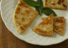 This wonderful recipe is perfect for making an essential item of any Scottish breakfast, potato scones.