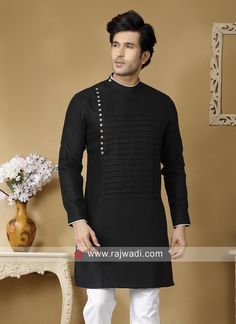 Attractive Black Kurta For Mens Wedding Dresses Men Indian, Wedding Dress Men, Pakistani Dresses Casual, Gents Kurta Design, Boys Kurta Design, Mens Shalwar Kameez, Kurta Men, African Clothing For Men, Mens Clothing Styles