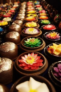 Love these pretty soap flowers from Thailand!