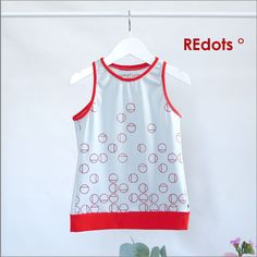 For little girls on the T O P Retro Chic, Eco Kids, Screenprinting, Little Girls, Athletic Tank Tops, How To Make, Shirts, Women, Fashion
