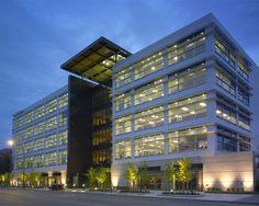 corporate-office-building-design-2-4-3-285-delaware.jpg (702×562)