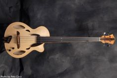 Mirabella Acoustic Bass