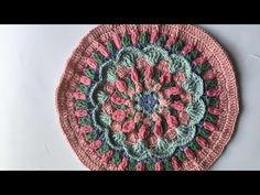 Ganchillo Mini CAL Sweet Caroline (1 de 3) 2 - YouTube Crochet Flower Squares, Crochet Mandala Pattern, Crochet Square Patterns, Freeform Crochet, Crochet Doilies, Diy Crochet And Knitting, Crochet Videos, Crochet Stitches, Sweet Caroline