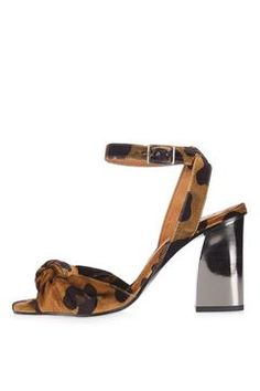 The perfect shoes to pair with your party dresses this season, these gorgeous heels come in a luxe leopard print and contrasting metallic heel. Heel height is Textile. Carrie Bradshaw, Buy Shoes, Womens High Heels, Old Women, Latest Trends, Topshop, Velvet, Pumps, Sandals