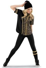 Shop trendy hip-hop dance costumes with our line of hip-hop dancewear, from pants and tops that are streetwear-inspired and made for the stage. Hip Hop Costumes, Dress Up Costumes, Dance Costumes, Baile Hip Hop, Hip Hop Dance Outfits, Estilo Hip Hop, Dance Poses, Hipster Outfits, Hip Hop Fashion