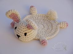 A quick itinerary and ideas for travel to Seville (Sevilla) in Andalucia, Spain. Crochet Wool, Crochet Bunny, Crochet Hats, Crochet Coaster Pattern, Crochet Patterns Amigurumi, Crochet Potholders, Crochet Doilies, Diy Crochet Flowers, Kawaii Crochet