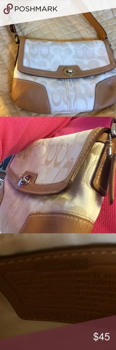 🌺Beautiful Purse🌺Firm on Price 🌺In excellent condition 🌺 Authentic Coach Purse. Coach Bags Shoulder Bags
