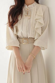 A cotton blouse with an antique flowing wave design that completes a three-dimensional body line! Korean Girl Fashion, Korean Fashion Trends, Cute Fashion, Look Fashion, Fashion Design, Cute Casual Outfits, Pretty Outfits, Pretty Dresses, Stylish Outfits