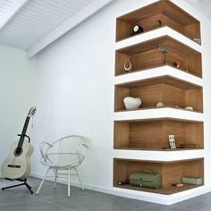 Super cool corner shelves...closet inspiration! #laclosetdesign #interiordesign #design