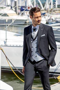 Erhältlich bei Steinecker in Randegg, Graz, Salzburg und Wien. Cadiz, Pamplona, Bilbao, Suit Jacket, Suits, Jackets, Collection, Salzburg, Style