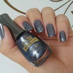 Esmalte Night Life - Coleção Hollywood Boulevard - Beauty Color. Gray nails. Nail art. Nail design. Polishes.