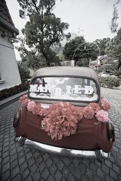 """Just Married"" Decal for your getaway car. $48. The Ritzy Rose"