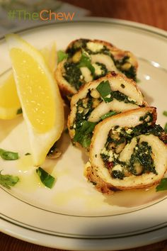 Michael teaches you how to make a delicious & easy Spinach and Feta Chicken Roulade with this recipe!