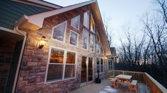 Snowcap Lodge offers the perfect blend of quaint mountain details and vacation luxury.  It is a brand new 3 story, 3200 square foot home with 7 bedrooms and 4 full bathrooms.