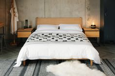 oak-carnaby-with-monochrome-bedding-1280 Monochrome Bedroom, Bedroom Black, Cubist Art, Boho Designs, African Design, Modern Boho, Abstract Pattern, Cosy, Bedding