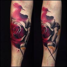Rose in watercolor tattoo . By Jose Contreras #joseecd #rosewatercolor #watercolor #starbritecolors #tattoowatercolor #rosetattoo