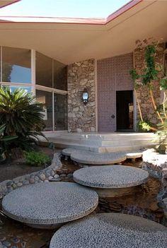 modern circular landscaping