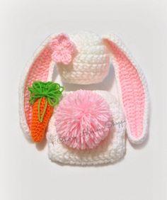 Crochet Patterns Newborn Crochet Newborn Bunny Hat Diaper Cover by CherryBlossomShoppe Crochet Baby Props, Crochet Baby Costumes, Crochet Photo Props, Newborn Crochet Patterns, Baby Girl Crochet, Crochet Stitches Patterns, Crochet Bunny, Love Crochet, Baby Bunny Outfit