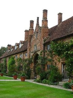 England Travel Inspiration - Sissinghurst Castle in Kent, England.  The National Trust's most-visited garden and formerly the home of Vita Sackville-West and her husband Harold Nicolson.