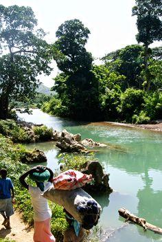 Dondon, Haiti. Jou mache