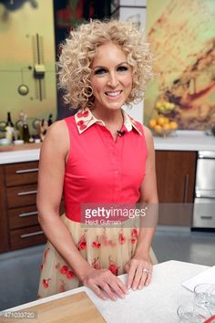 THE CHEW - Kimberly Schlapman is the guest today, Tuesday, April 21 ...