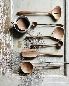 Beautifully shaped hand carved a wooden spoon from HK Living in teak with a short handle. Ideal for scooping coffee or cereals.Size: x x Material: Teak wood Care: Handwash Wooden Spoon Carving, Carved Spoons, Wood Spoon, Wooden Ladle, Bois Diy, Sugar Spoon, Wooden Kitchen, Kitchen Accessories, Malm
