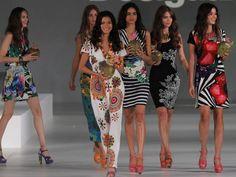 #Desigual: collezione #ForEverybody per la #primaveraestate2014! In passerella la bellissima #AdrianaLima http://www.veraclasse.it/articoli/sfilate/donna/desigual-collezione-for-everybody-per-la-primavera-estate-2014/10672/