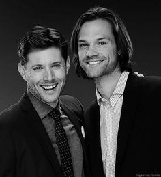 Jensen and Jared. Gosh, they look so much like brothers! Moi  ulubieńcy !!!