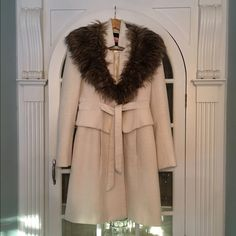 Anthropologie Plenty by Tracey Reese Coat Ivory Athropologie Plenty by Tracey Reese Coat, size 4. A gorgeous polyester and wool coat in great condition with some balling of the wool fabric. Just back from the dry cleaners and ready to wear! Thank you for asking all questions before purchasing  Anthropologie Jackets & Coats Pea Coats