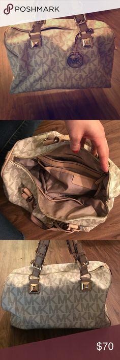 MICHAEL KORS HANDBAG Barely used Michael Kors Bag KORS Michael Kors Bags Totes