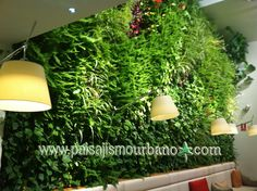 Jardín vertical en el Restaurante Poncelet Cheese Bar, Madrid