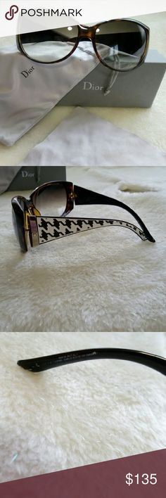 Christian dior Pre-loved. I had bought it but didnt go with my face. Brown framing with chevron design. Comes with case, dust bag, cleaning cloth. 100% authentic no scratches Christian Dior Accessories Glasses