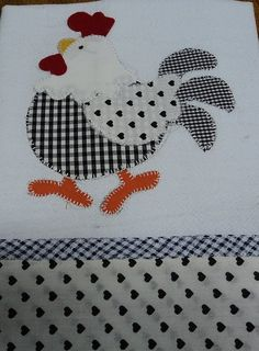 Another great black and white chicken. Applique Templates, Applique Patterns, Applique Quilts, Applique Designs, Wool Applique, Embroidery Applique, Quilt Patterns, Machine Embroidery, Sewing Crafts