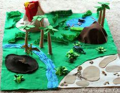 Felt Dinosaur Play mat and a Giant Felt board tutorial Dinosaur Play, Dinosaur Crafts, Dino Craft, Felt Crafts, Crafts For Kids, Felt Play Mat, Play Mats, Homemade Toys, Homemade Gifts