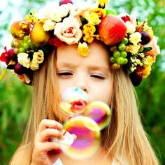Entrada com Bolhas de Sabão Divertido para as crianças e um lindo efeito para o casamento! As fotos ficam super fofas!