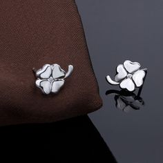 Four Leaf Clover earring, 925 #Sterling #Silver material, with #rhinestone.