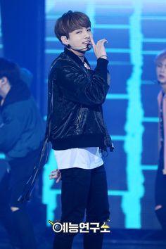 BTS at MBC Music Core [161015]