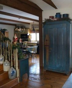 photo of primitive homes inside cave Primitive Living Room, Primitive Country Homes, Primitive Furniture, Primitive Kitchen, Antique Furniture, Prim Decor, Country Decor, Farmhouse Decor, Primitive Decor