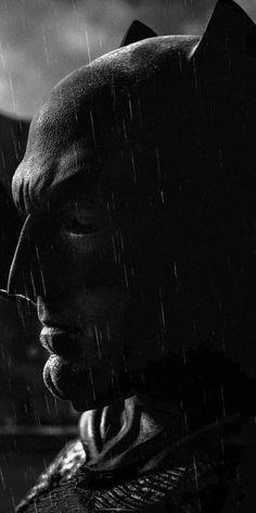 Top Batman Quiz to prove yourself a Batman fan. Batman The Dark Knight has many secrets that you need to uncover in this gk questions quiz. Batman Vs Superman, Batman Arkham, Batman Art, Batman Comics, Coleccionables Sideshow, Batman Wallpaper, Hd Wallpaper, Iphone Wallpapers, Ben Affleck Batman