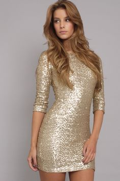 i dont know which i love more--that sparklicious dress or that honey brown hair! Silver Glitter Dress, Gold Sequin Dress, Bling Dress, Gold Sparkle, Dress Skirt, Dress Up, Bodycon Dress, Nye Dress, Fancy Dress