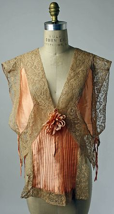 Bed jacket Date: 1920s Culture: American Medium: silk, cotton. Front