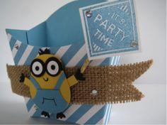 Minion Traktatie doosje DIY! Win een Stampin' up knutsel pakket! Leuk om cadeautjes en cadeauverpakkingen voor kerst, verjaardagen en feestdagen mee te maken. DIY met stamping!