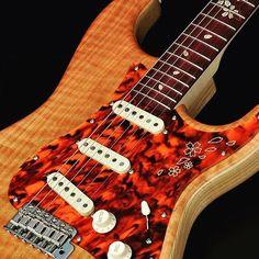 "【ikebemusic】さんのInstagramをピンしています。 《【池部楽器店】もはや新たなスタンダード""桜""このクォリティーは他で真似できません。非常に幻想的なギターです。◆momose IKEBE ORIGINAL ORDER MST2SP-SAKURA/P ""桜"" >商品ページ> http://www.ikebe-gakki.com/ec/pro/disp/1/435530  #momose #モモセ #桜 #sakura #CherryBlossoms #イケベ #イケベ楽器 #イケベ楽器店 #musicalinstrument #electricguitar #エレキギター》"
