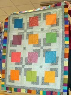 AMY DAVISON PATTERNS    humblebeequiltwor...I would make this quilt in different colors.....great design